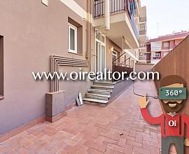 Piso muy amplio con terraza en la calle Sardenya, Barcelona