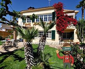 Preciosa casa en dos viviendas en Alella