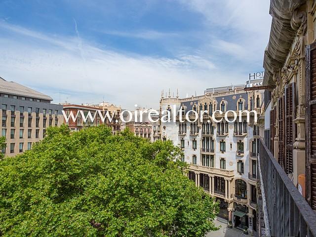 Продается эксклюзивная квартира для инвесторов на Пасео де Грасия