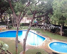 Acogedor apartamento con gran piscina en Gavá Mar, Gavá