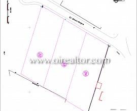 Tres parcelas contiguas de 3600 m2 para construir una casa de ensueño en la mejor zona de Mas Mestre, Olivella