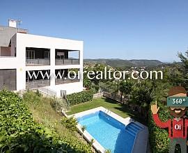 Dos viviendas independientes con espectaculares panorámicas en Olivella