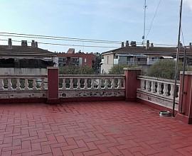 Gran oportunidad de reforma en un bonito barrio de Castelldefels, Costa de Barcelona