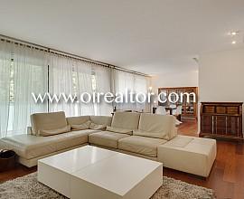 Estupenda oportunidad de alquiler: gran piso amueblado en la zona alta de Barcelona