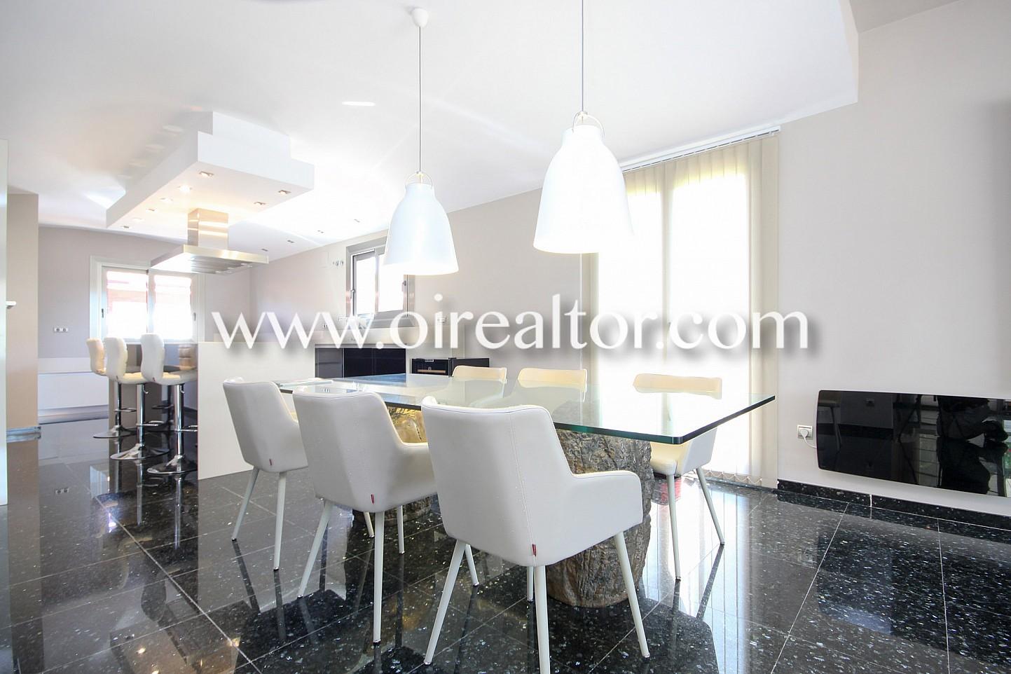 Espectacular casa con impresionante  parcela de 1.1000 m2 en Sitges