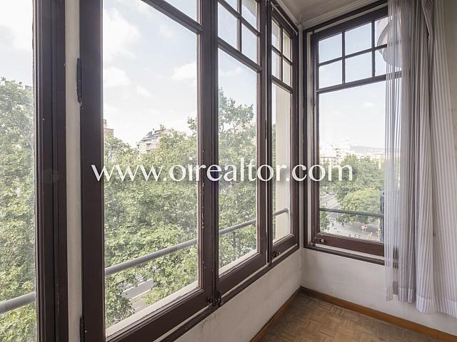 Maravilloso piso exterior en pleno Paseo Sant Joan, Barcelona