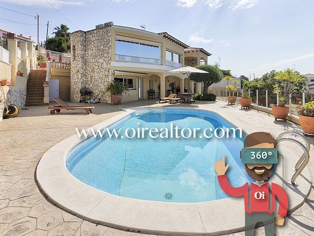 Luxusvilla mit Privilegierten Aussichten in Calafell, Costa Daurada