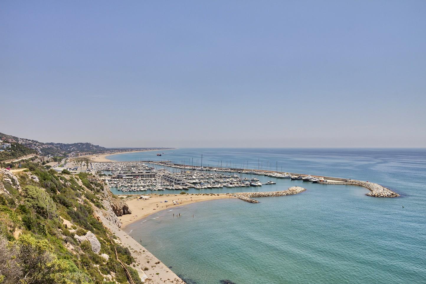 Edificio en venta en sitges oi realtor - Apartamentos mediterraneo sitges ...