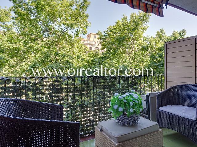 Encantador apartamento con grandes posibilidades de actualización, Barcelona