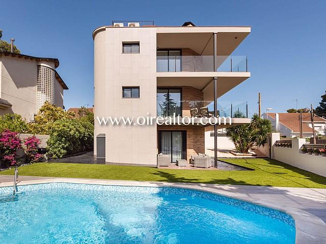 Excepcional casa completamente reformada en Montmar, Castelldefels