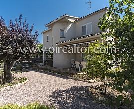 Geräumiges Haus mit Blick aufs Meer in Los Bosques, Tarragona