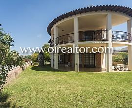 Casa construïda sobre una gran parcel·la a la Mora, Tarragona