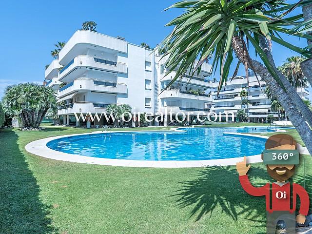 Hervorragende Wohnung mit fantastischen Aussichten aufs Meer im besten Standort von Sitges