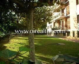Apartamento esquinero cerca del centro de Sitges