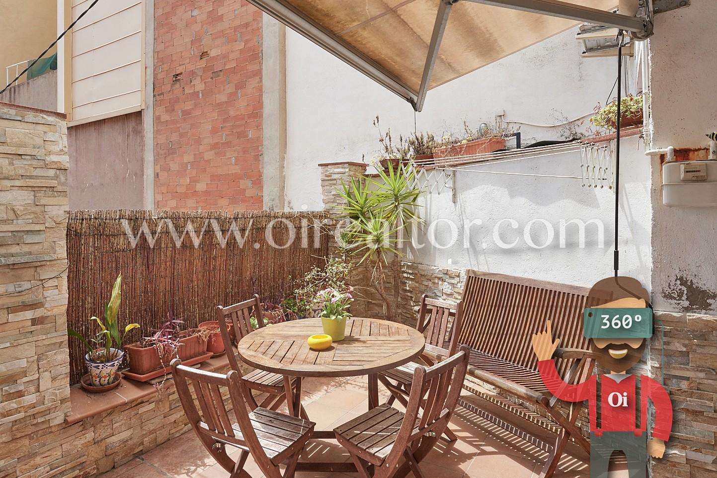 Magn fico piso con terraza cerca del parc g ell barcelona - Plantas bajas en barcelona ...