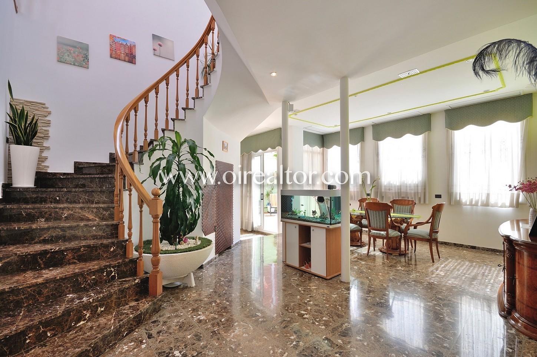 Villa for sell Badalona Oirealtor001