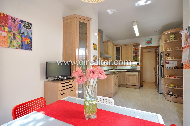 Villa for sell Badalona Oirealtor007