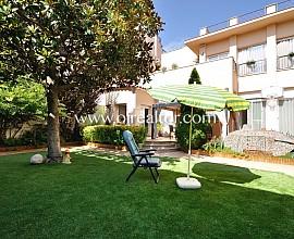 Exclusiva casa independiente con jardín en Badalona