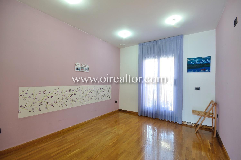 Villa for sell Badalona Oirealtor025