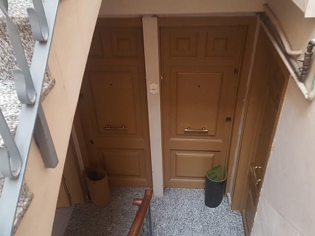 Edificio en venta en Barcelona con renta fija