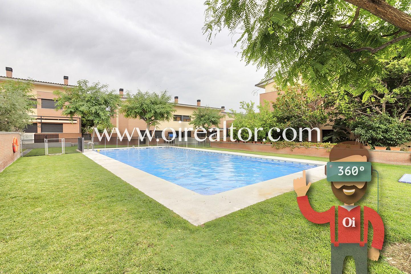 Precioso adosado con piscina en vilafortuny cambrils oi for Piscina cambrils