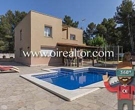 Fantástico chalet individual cerca del mar y la montaña en Tarragona