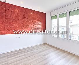 Magnífico piso nuevo, alto y soleado en Sant Antoni, Barcelona