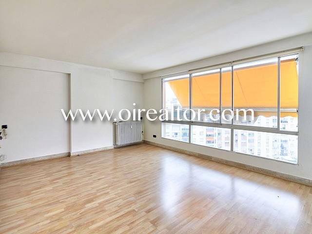 Spacious apartment in Tarragona center