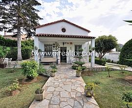 Casa independiente en venta de 120 m2 en magnifica parcela de 650 m2
