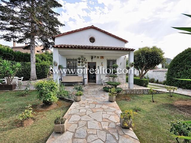 Casa independent amb encant de 120 m2 en parcel.la de 650 m2
