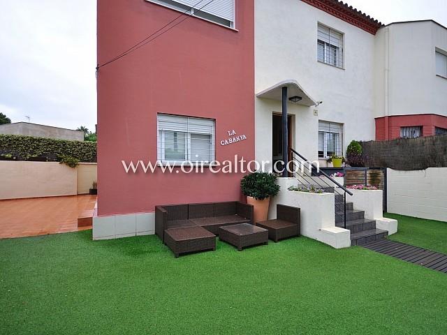 Fantástica casa a tres vientos en venta en Alella, en el Maresme