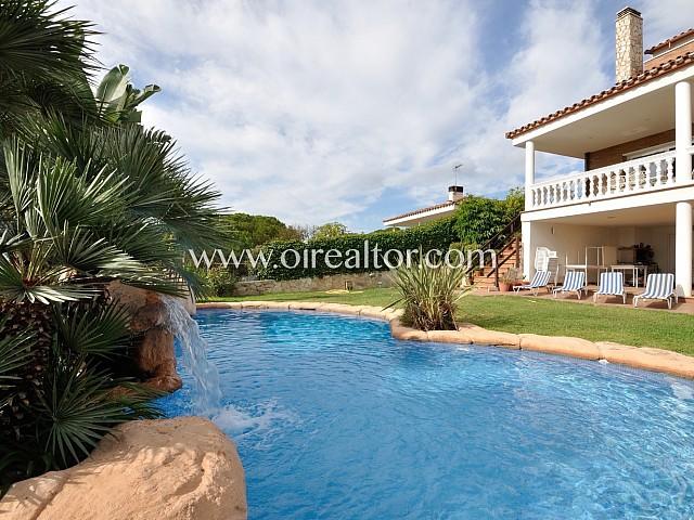 Esplendida casa en venta  con impresionantes vistas en Canet de Mar