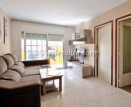 Precioso piso totalmente reformado en venta en el centro de Canet de Mar