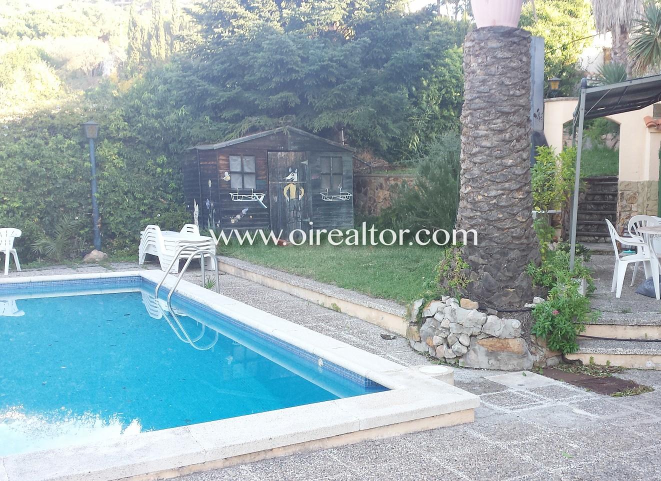 Espaciosa casa a pocos minutos de lloret de mar con for Hoteles en lloret de mar con piscina climatizada