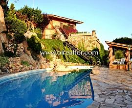 Lujosa y magnifica casa con mejores vistas de la costa de Lloret de Mar