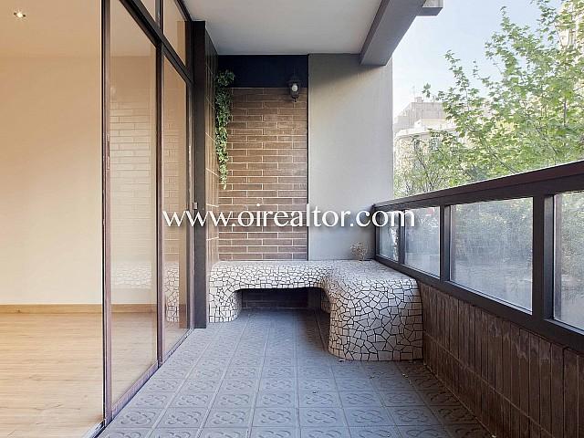 Продается роскошная квартира работы известного архитектора в Эшампле Эскерра