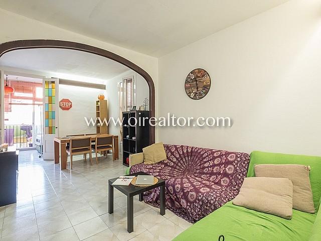 Appartement à vendre dans un immeuble royal dans le quartier de Gracia, Barcelone