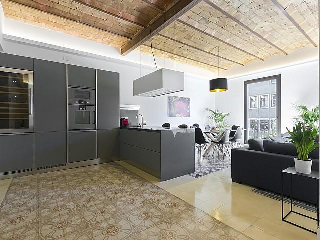 Fantastic flat in Eixample Dreta, Barcelona