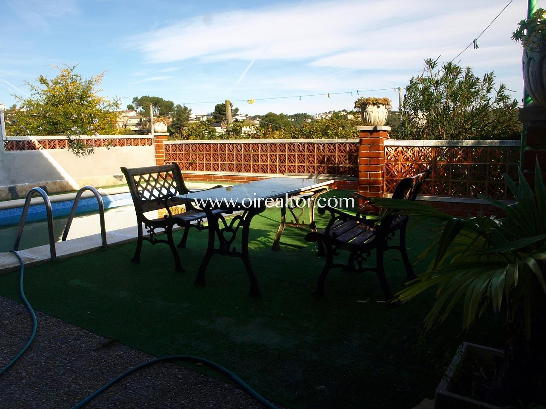 Encantadora casita con piscina y formidables vistas en - Piscinas abandonadas rubi ...