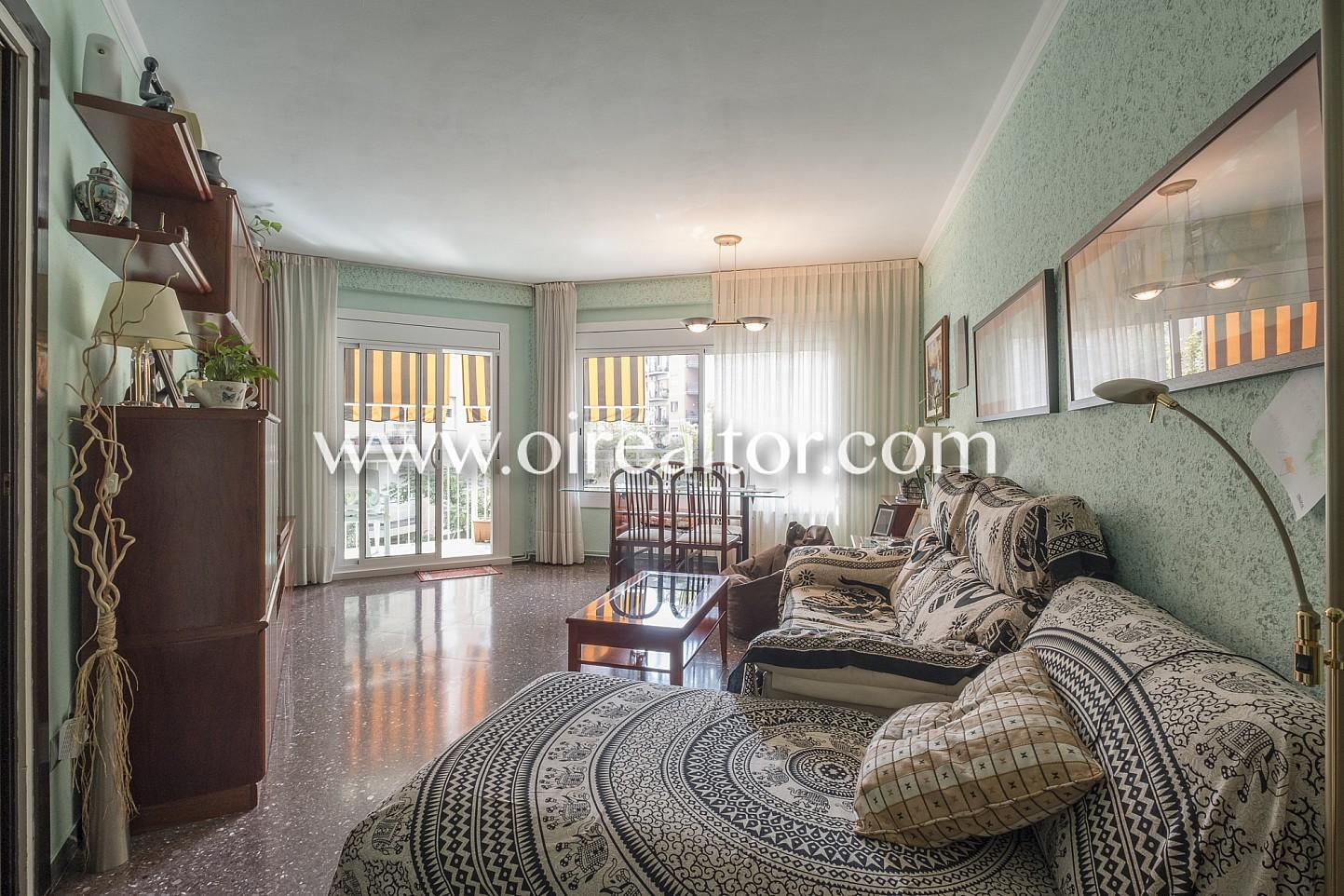 Amplio piso con balc n exterior en sagrada familia - Piso sagrada familia ...