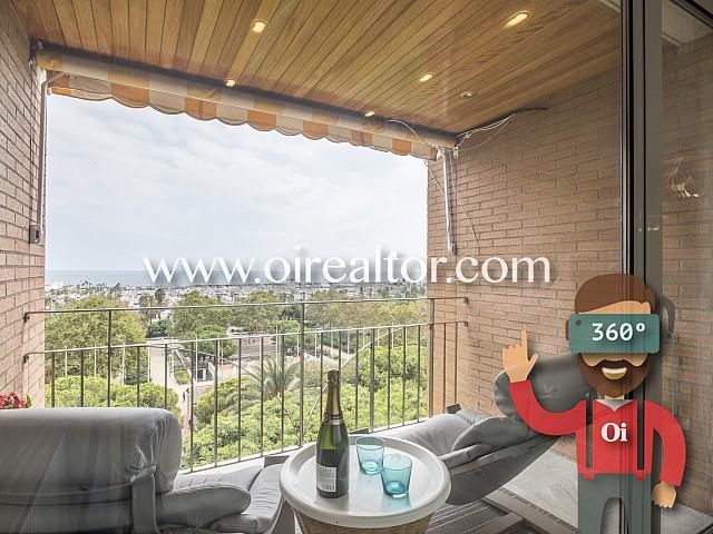 Espectacular y luminoso ático dúplex a la venta en Villa Olímpica, Barcelona
