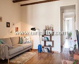 Moderno y atractivo piso en alquiler en Eixample Esquerra, Barcelona