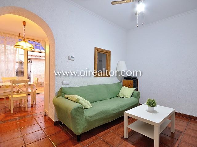 Casa con gran patio en venta en Pep Ventura, Badalona