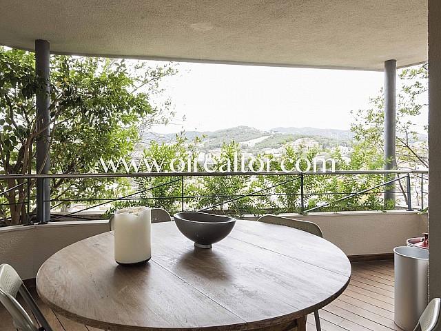 Exclusiva villa en venta en zona muy tranquila de Alella