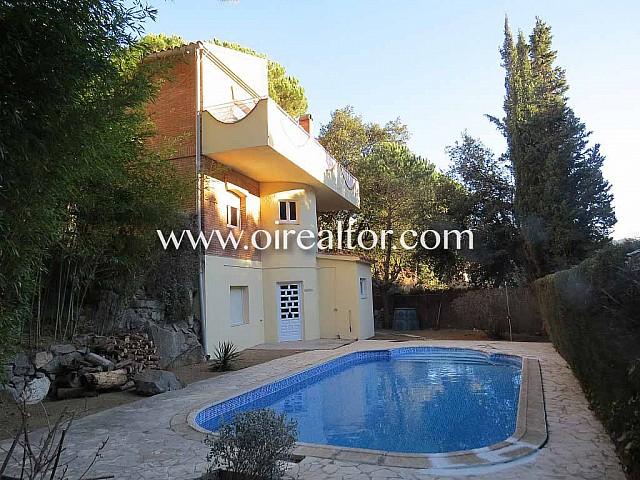 Fantàstica casa unifamiliar en venda a urbanització Mascoll a Alella, Maresme