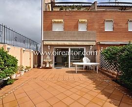 Preciosa casa pareada en venta a tres vientos en Bufalà, Badalona