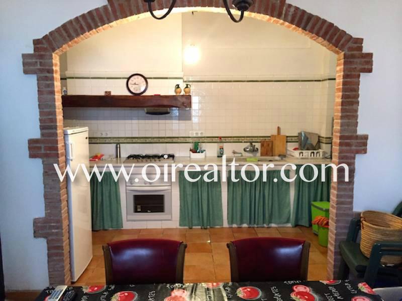 Уютный дом на продажу в деревенском каталонском стиле в Л'Эскале всего в 2 минутах от пляжа