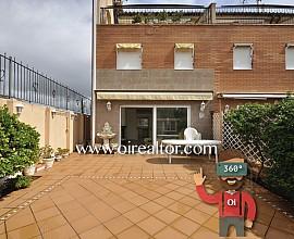 Preciosa casa aparellada a tres vents a Bufalà, Badalona