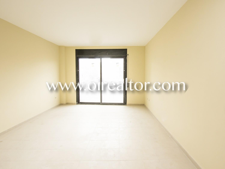Уютный первый этаж интерьера для продажи нового строительства в Льорет-де-Мар, Жирона