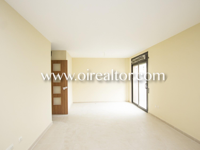 Отличный второй этаж для продажи двух комнат нового строительства в Льорет-де-Мар, Жирона
